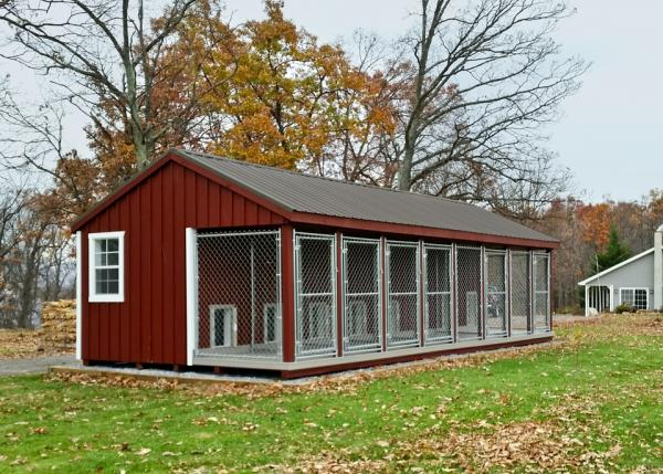 14x32 commercial kennel in red