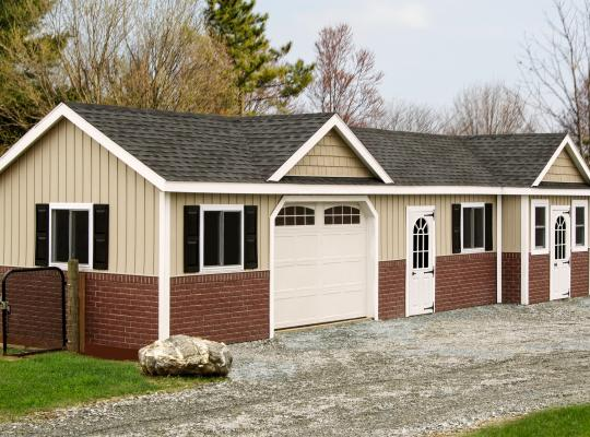 12x48 commercial kennel in beige and red